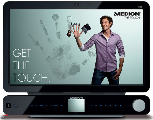 medion_touch_x9613